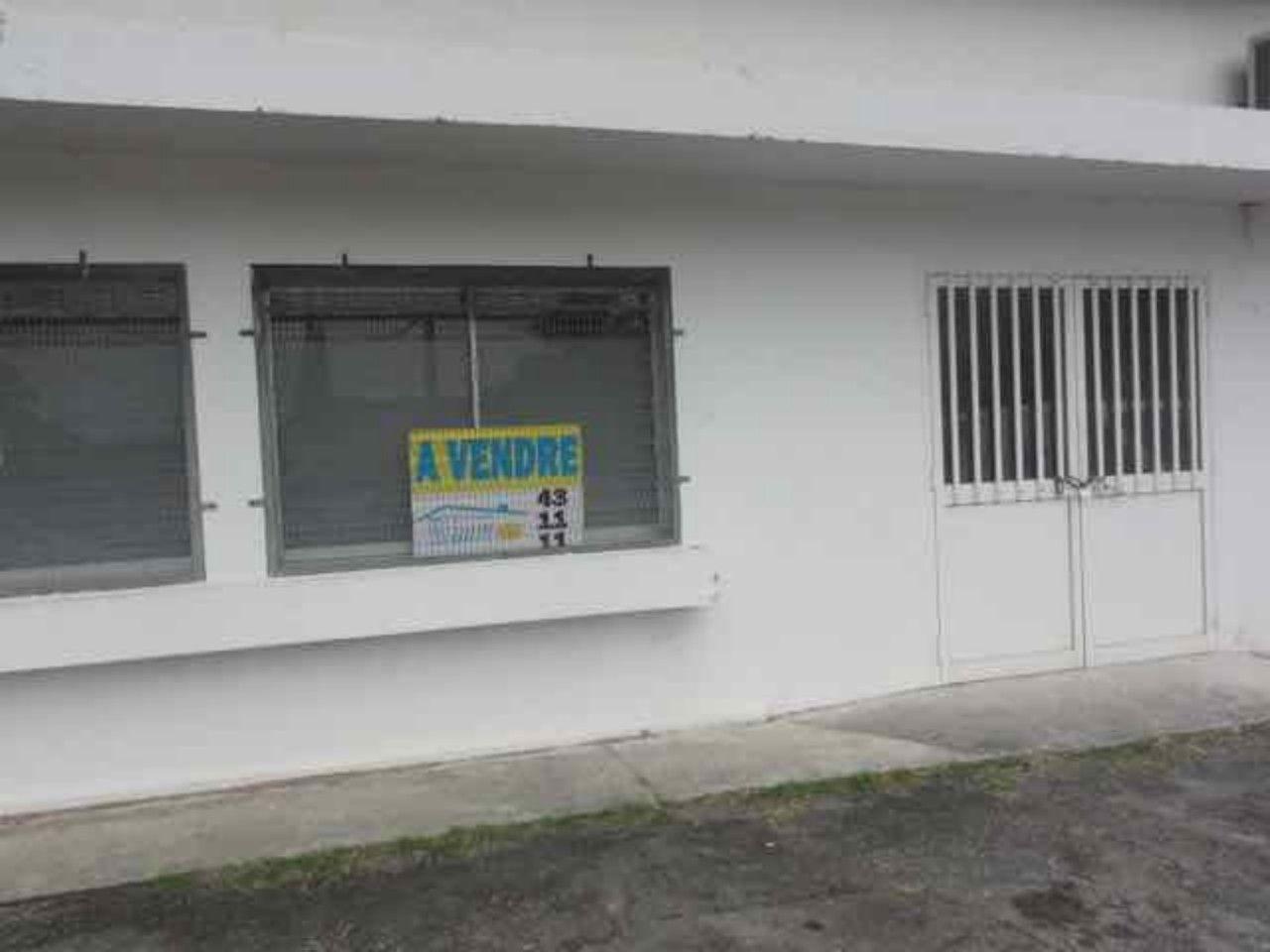 Immobilier d'entreprise Local commercial Yahoué